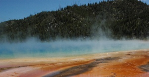 another view of Grand Prismatic
